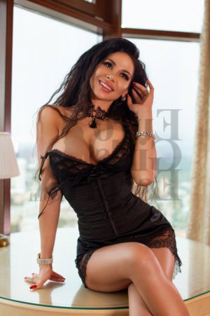 Nacia escorts, happy ending massage