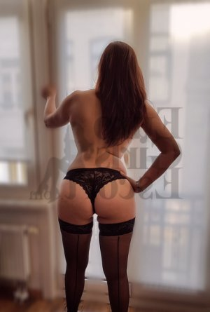 Loredane nuru massage and escort